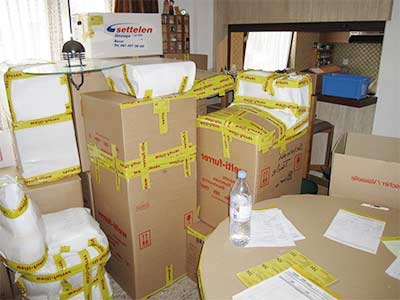 shipping-furniture-abroad